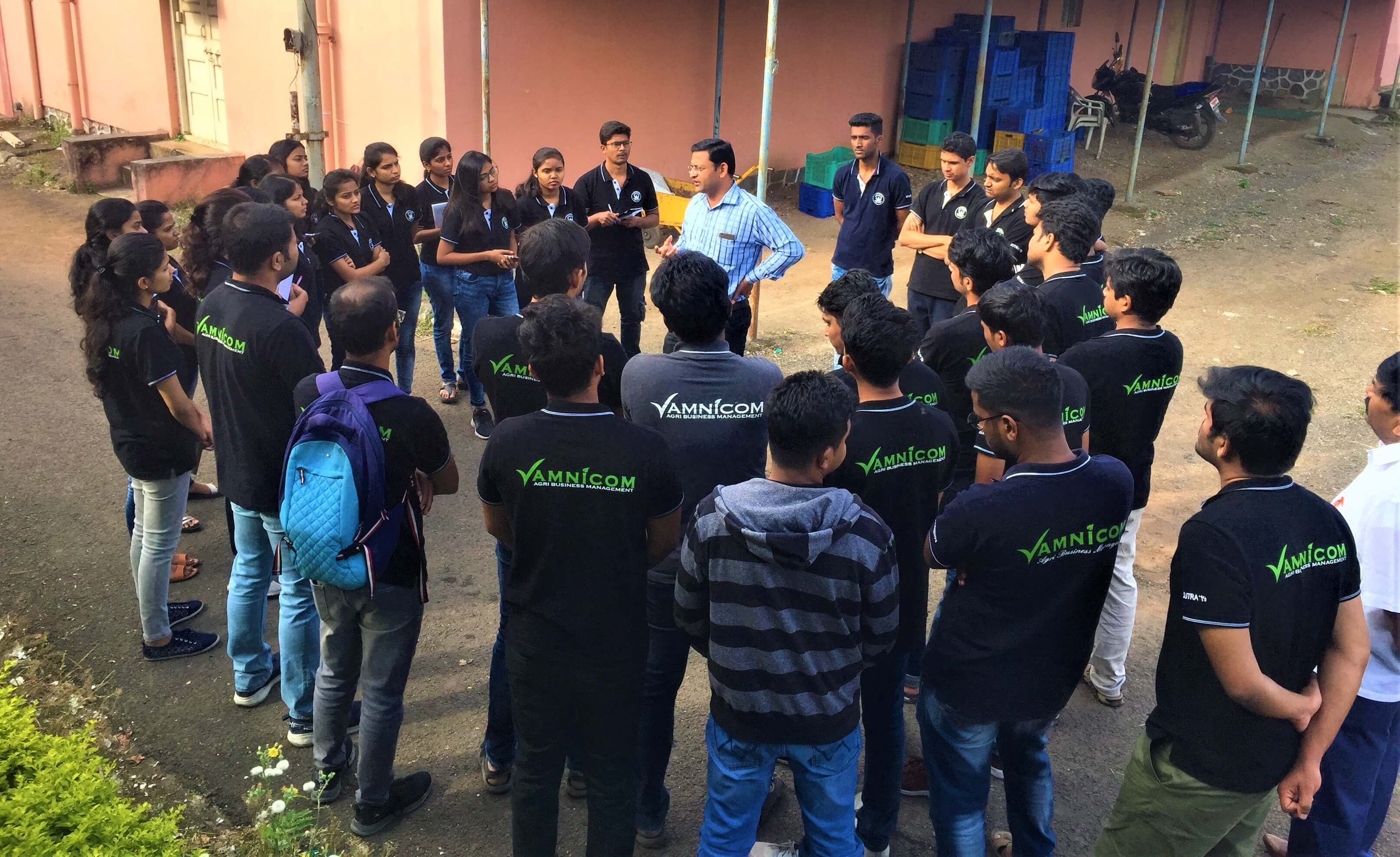 DrRajivKale_Interaction_Visit of ABM Students to DOGR-Pune (1)